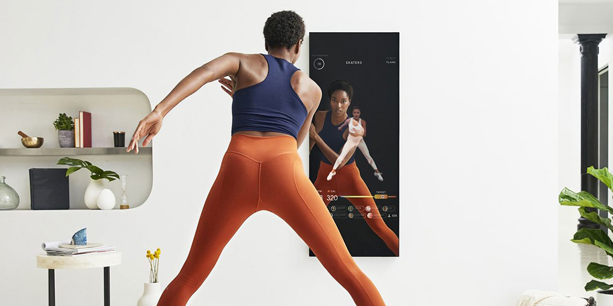 Smart fitness Mirror streams personal training sessions to you